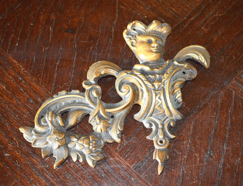 Antique Frenchman Pediment Bronze Renaissance Mount Hardware - Antique Flea Finds - 1
