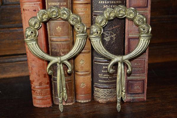 Antique French Ormolu Trim Mount Cabbage Roses On Wreath Hardware - Antique Flea Finds - 2