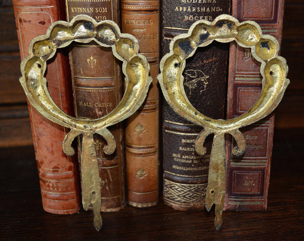 Antique French Ormolu Trim Mount Cabbage Roses On Wreath Hardware - Antique Flea Finds - 4