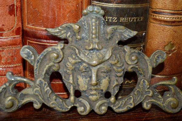 Antique French Gothic Figural Female Pediment Mount Bronze Hardware - Antique Flea Finds - 2