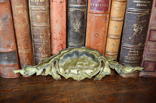 Antique Small French Pediment Bronze Ormolu Shell Design Hardware - Antique Flea Finds - 3