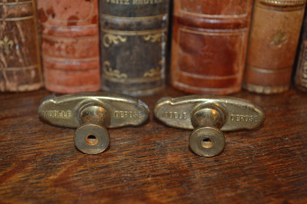 Antique Oval Knobs Pair French Brass Hardware - Antique Flea Finds - 3