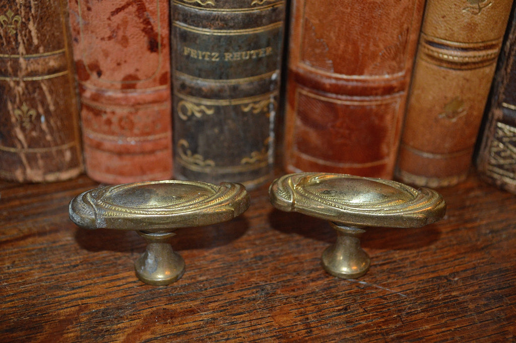 Antique Oval Knobs Pair French Brass Hardware - Antique Flea Finds - 1