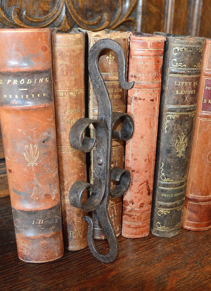 Antique French Double Ended Cast Iron Hook Hardware - Antique Flea Finds - 2