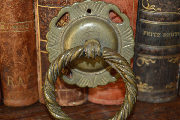 Antique Ring Drawer Pull with Backplate Handle Brass Hardware - Antique Flea Finds - 2