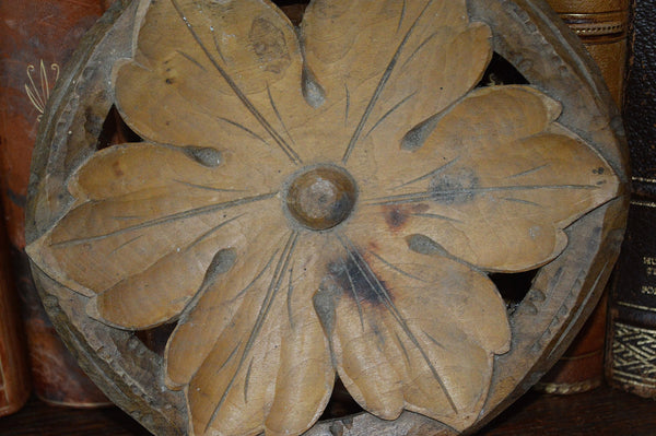 Antique Carved Wood French Floral Bowl Accessory - Antique Flea Finds