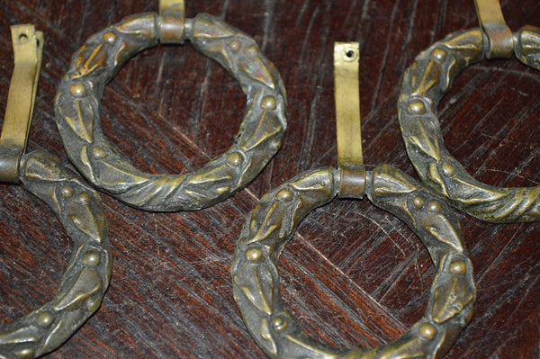 Antique French Pulls Set of 4 Bronze Wreath Hardware - Antique Flea Finds - 2