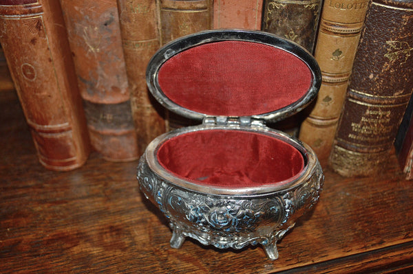 Vintage French Jewelry Box Silver Finish Rose Design - Antique Flea Finds - 4