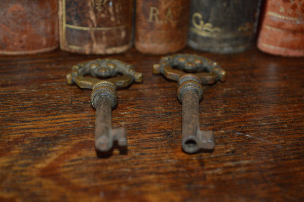 Antique French Barrel Skeleton Key Ornate Bronze 2 Available Sold Individually - Antique Flea Finds