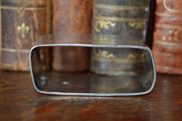 Antique French Hallmarked Napkin Ring Silverplate Serviette No Monogram Hammered Design - Antique Flea Finds - 3