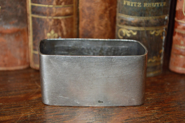 Antique French Hallmarked Napkin Ring Silverplate Serviette No Monogram Hammered Design - Antique Flea Finds - 2