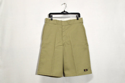 "Dickies 13"" Loose Fit Multi-Use Pocket Shorts"