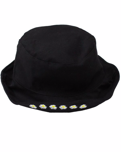 Black embroidered daisy bucket hat