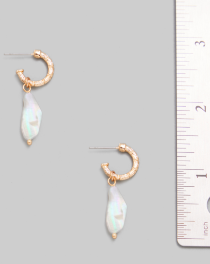 Emile Freshwater Pearl Earrings