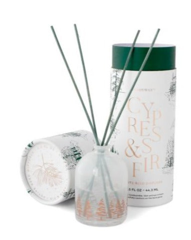 CYPRESS & FIR MINI 1.5 OZ WHITE MILKY GLASS WITH COPPER FOIL PETITE DIFFUSER