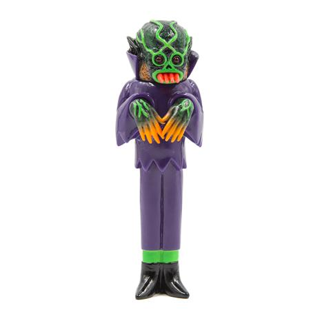 THE GHOUL SOFUBI: GRAVE DIGGER (LIGHT-UP EYES)