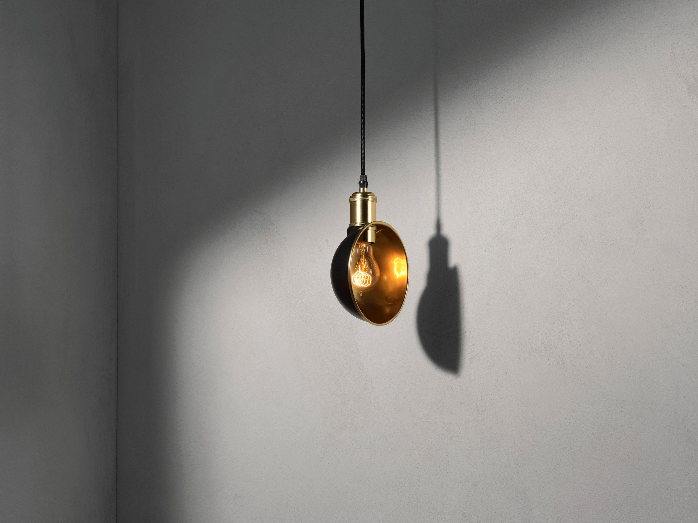 Tribeca Duane Pendant-Søren Rose-Menu-danish-interior-furniture-denmark-Average-design-toronto-canada