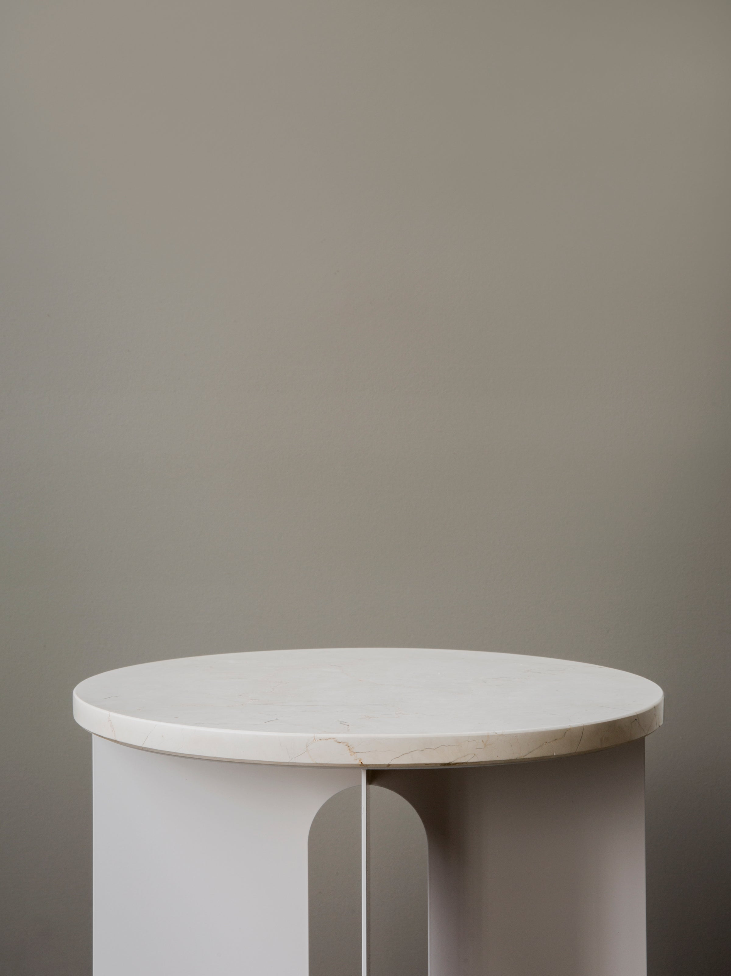 Androgyne Side Table-Danielle Siggerud Architects-Menu-Black-Average