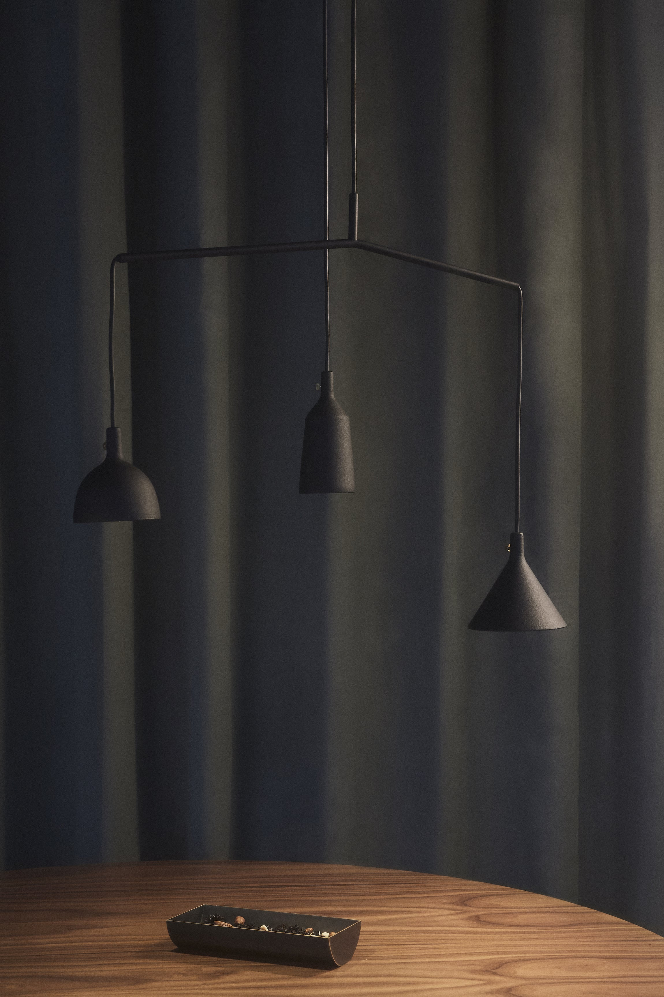 Cast Pendant Light-Menu-Shape 1-Average
