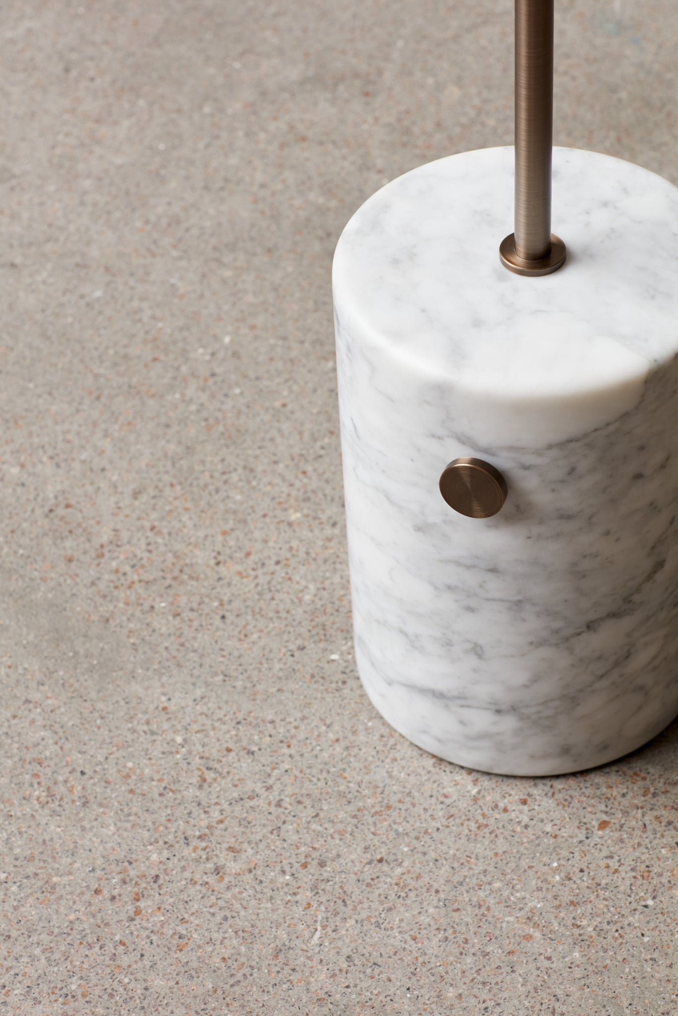 JWDA Floor Lamp — White Marble