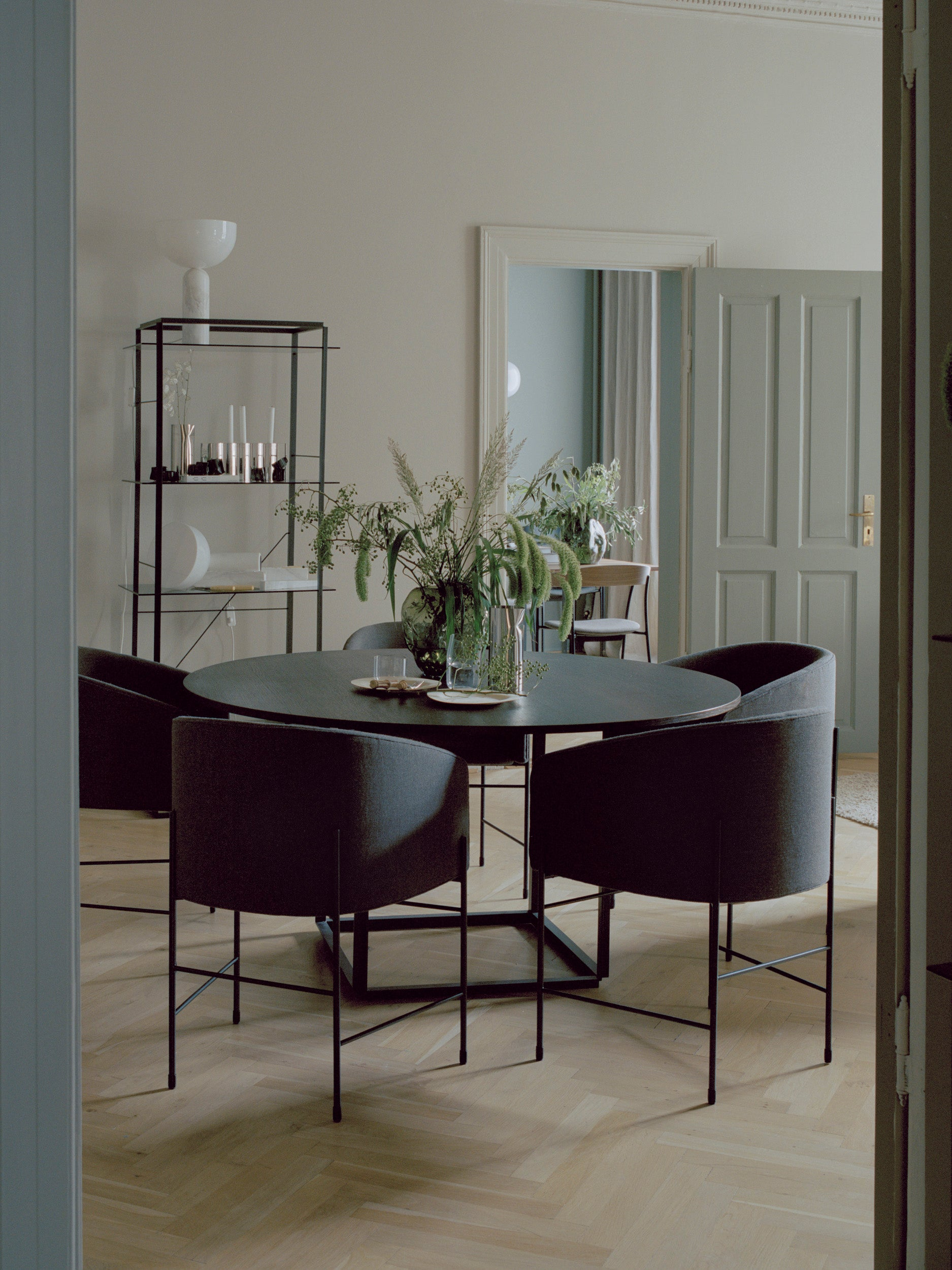 Florence Dining Table — Marquina Marble