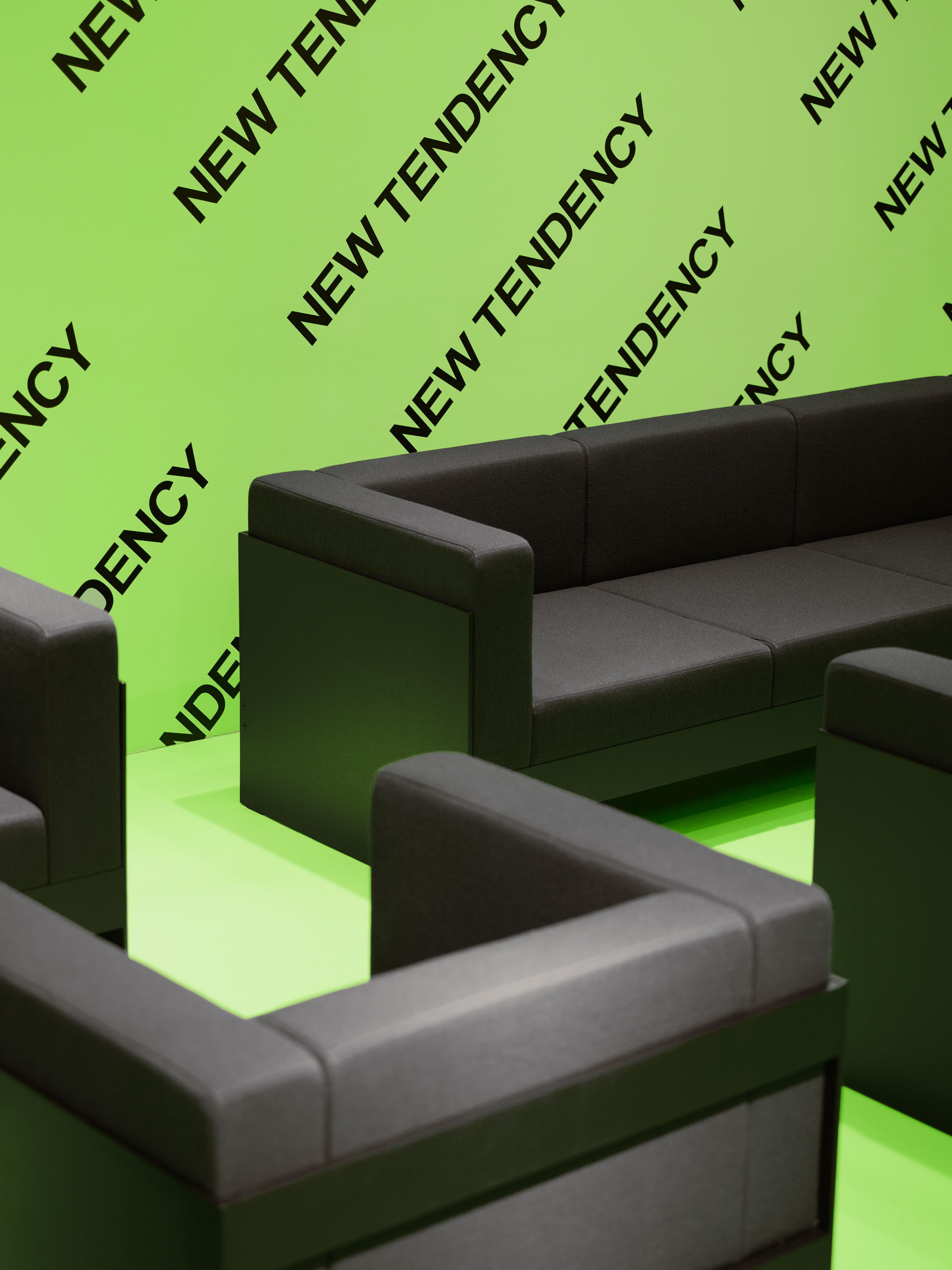 Standard Sofa — 1 Seater-New Tendency-Black-Average
