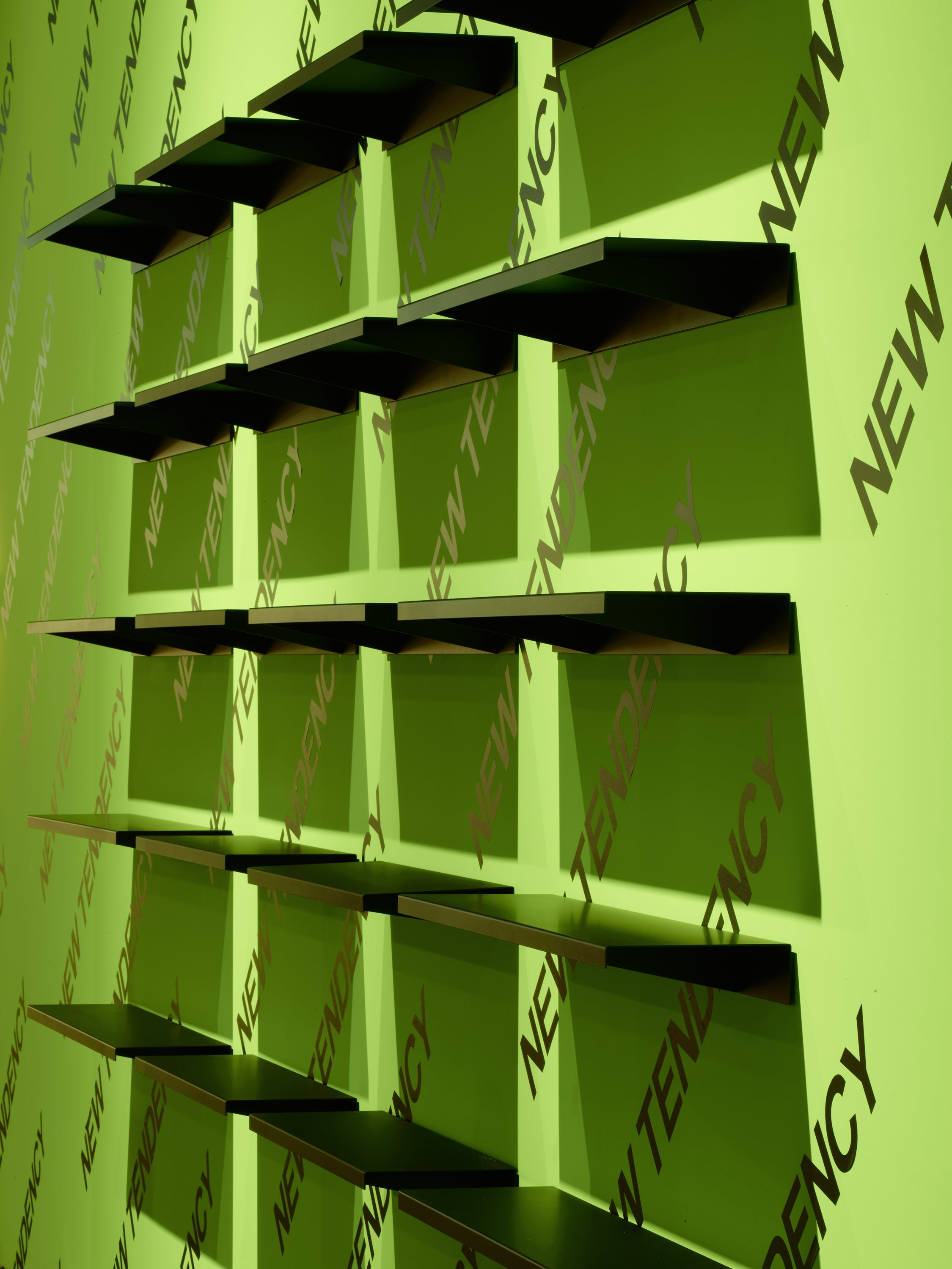 "Apex Shelf — Dark Green-New Tendency-800mm / 31.5""-Average"