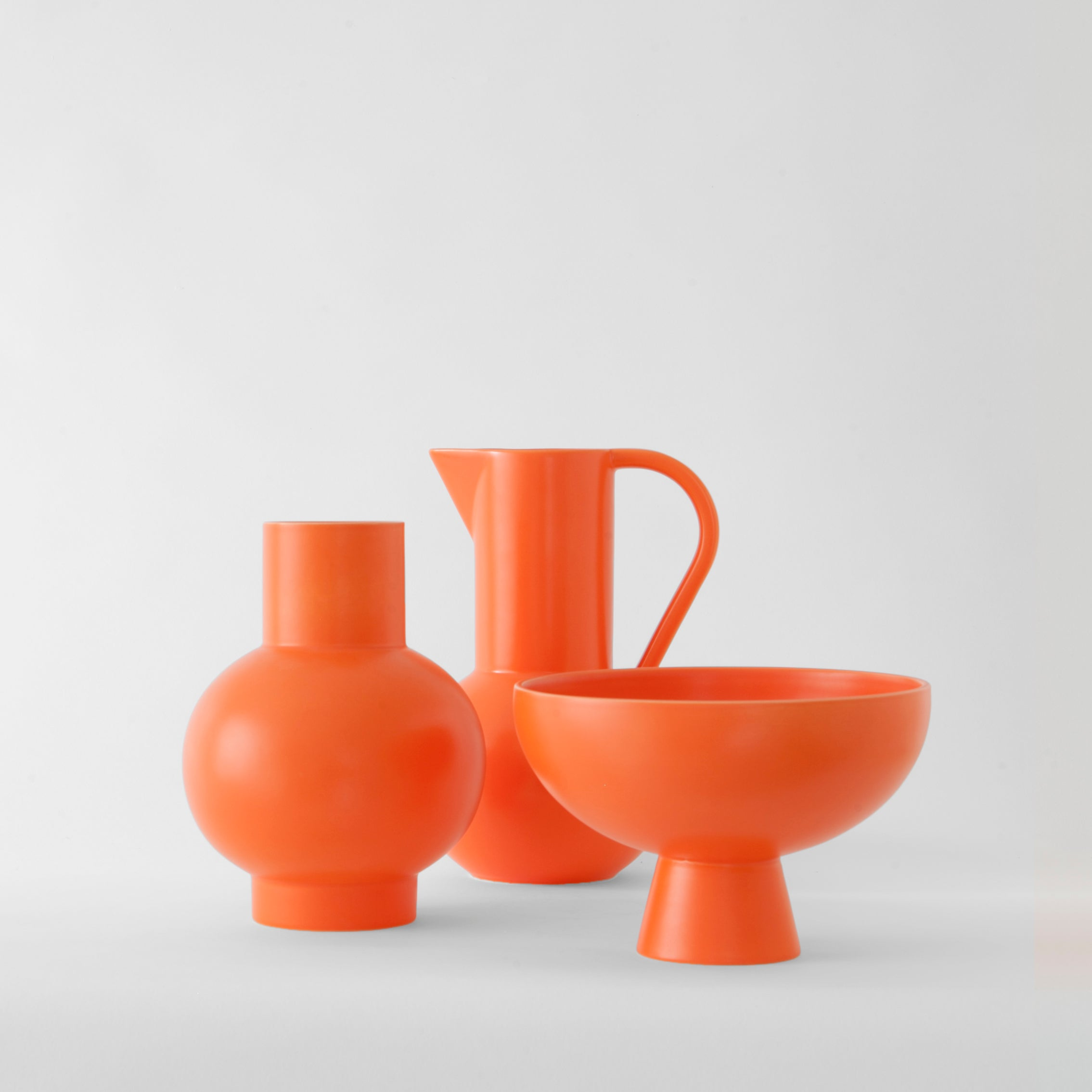Strøm Vase — Small Vibrant Orange-Nicholai Wiig-Hansen-Raawii-Average
