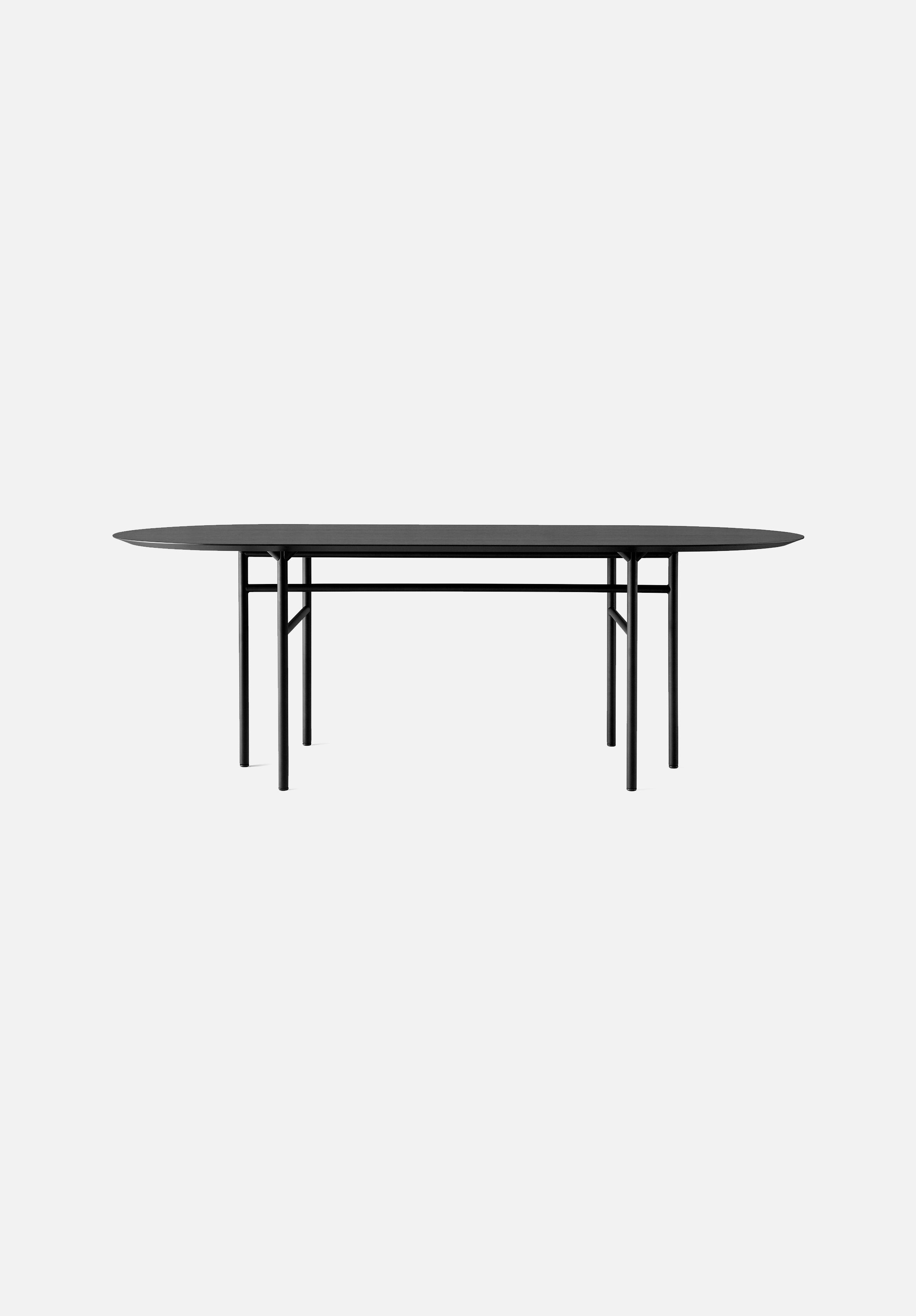 Snaregade — Oval Table-Norm Architects-Menu-Black Veneer-Average