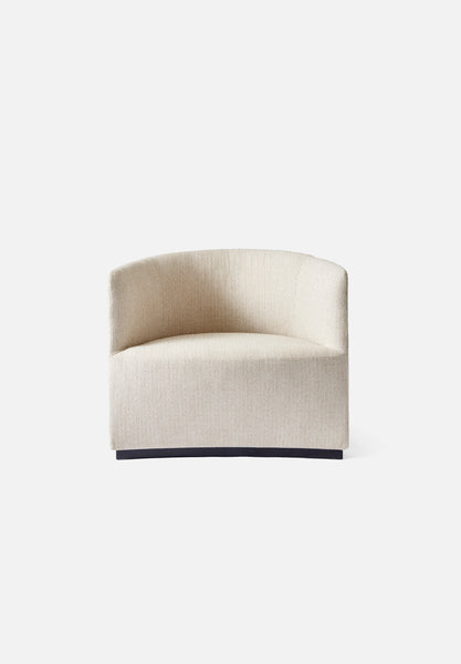 Tearoom — Lounge Chair-Nick Ross-Menu-Kvadrat Savanna-Average