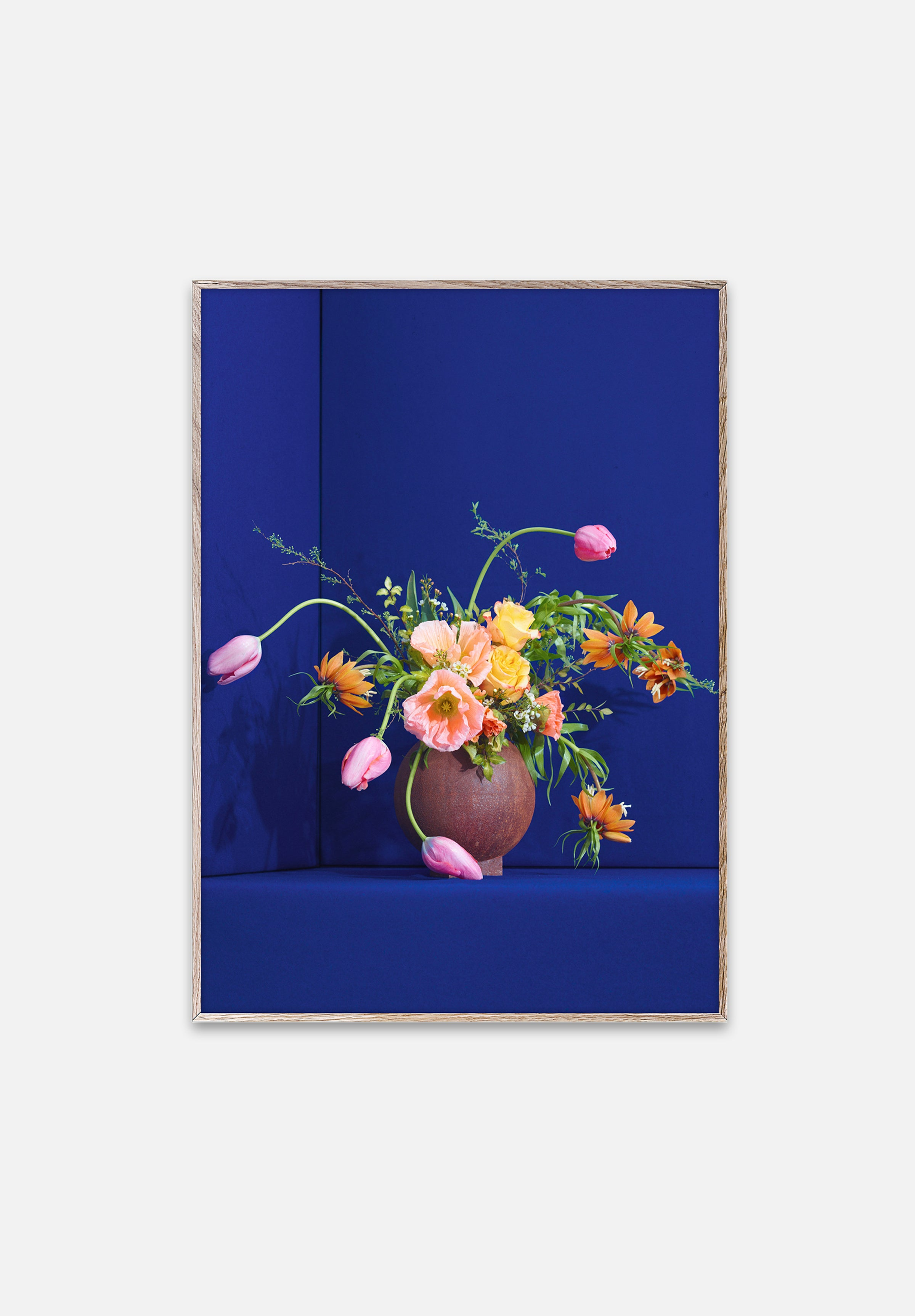 Blomst Blue-Uffe Buchard-Paper Collective-30x40cm-Average
