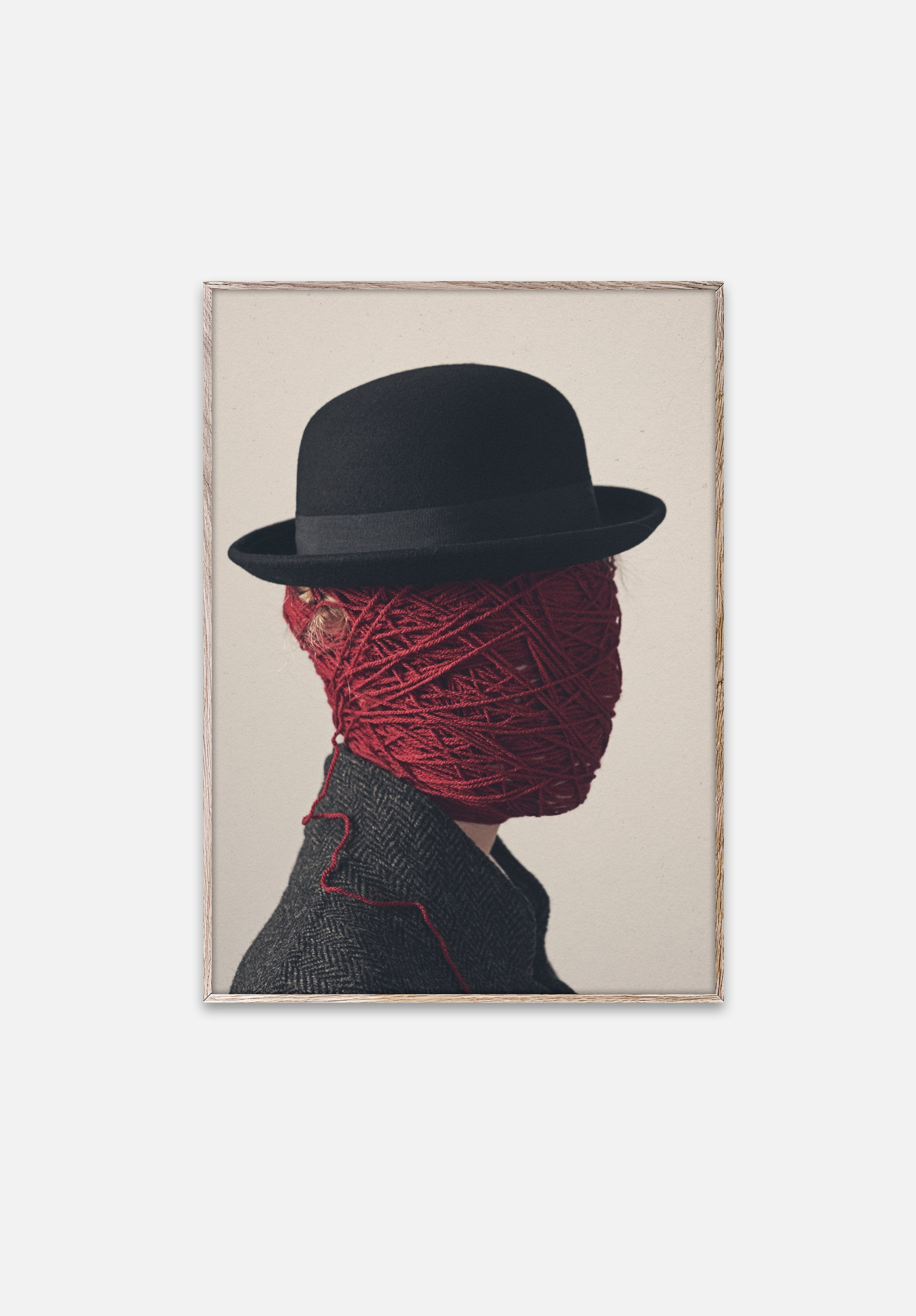 Strings-Henrik Bülow-Paper Collective-30x40cm-Average