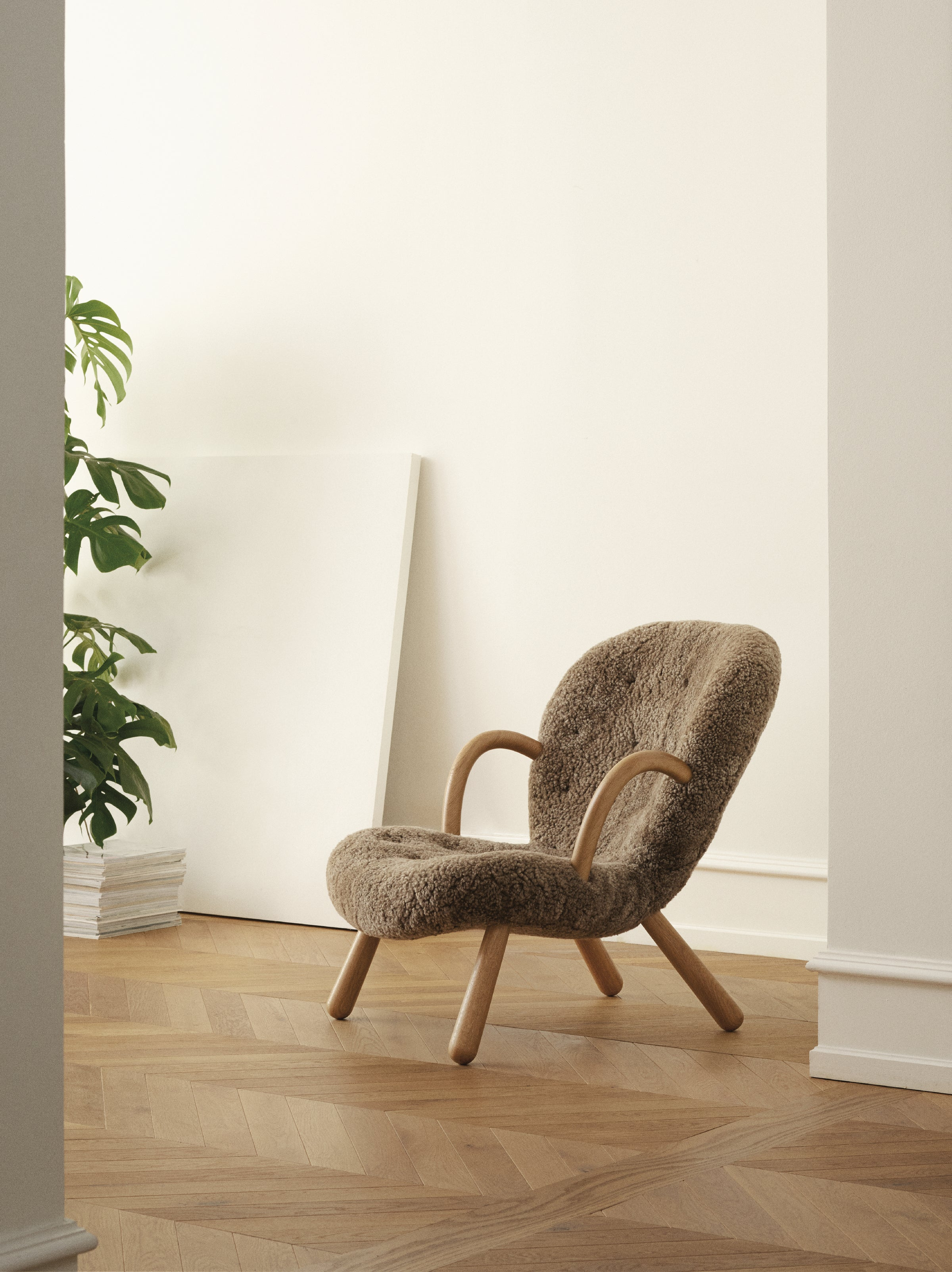 The Arctander Chair — Sahara Sheepskin