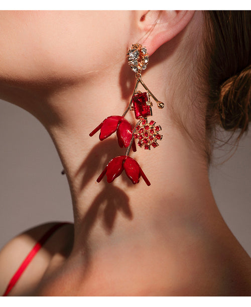 Fallen For You Earrings