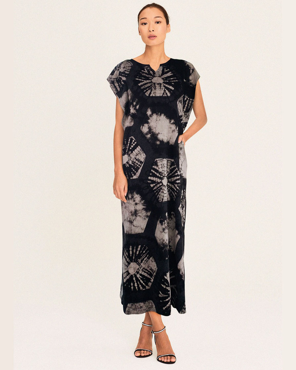Women Flutter Fan Midi Dress - Roses & Rhinos