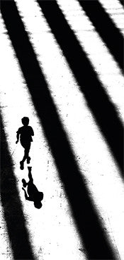 "Karte ""running child at tate modern london"""