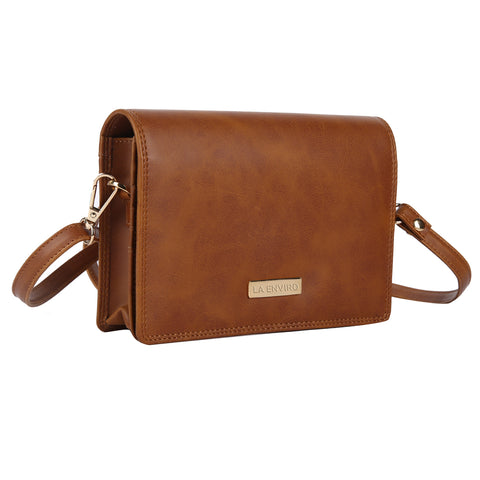 LA ENVIRO ZUMI CROSSBODY HANDBAG TAN