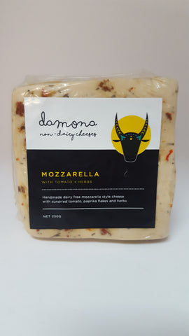 DAMONA DIVINE MOZZARELLA WITH SUNDRIED TOMATO