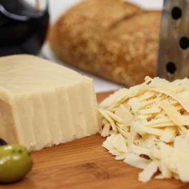 VEGUSTO PIQUANT CHEESE