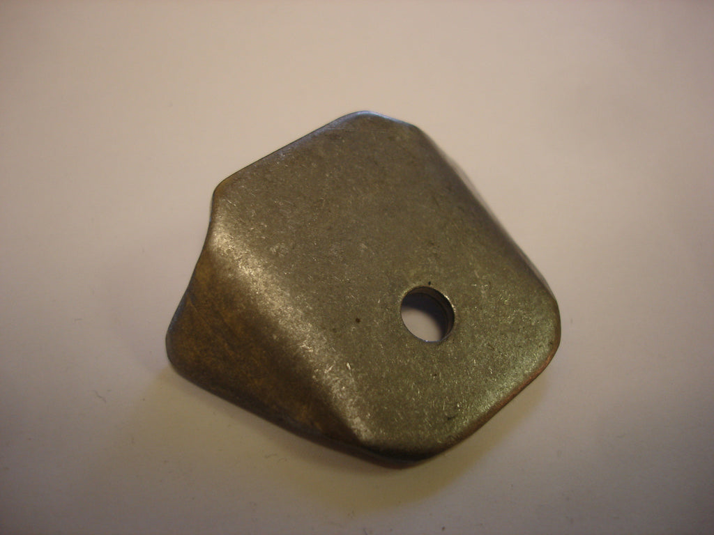 "B1001 - 1/4"" hole, 1/8"" thick - Gussetted Tab"