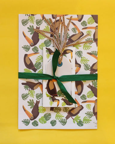 Toucan Wrapping, Tags and Envelopes Set