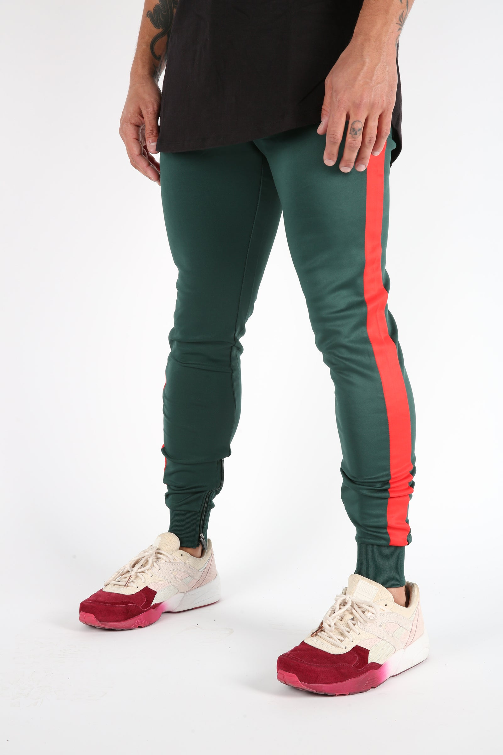 The Gunnar Track Pants in Green