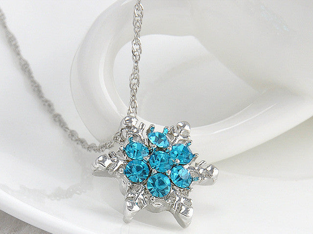 Modish Charm Vintage lady Blue Crystal Snowflake Flower Silver Necklaces