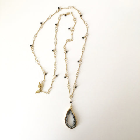 Gold-Rimmed Druzy Agate Slice on Gold Bar-Link Necklace