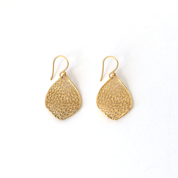Medium Gold Filigree Ripple Leaf Earrings