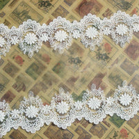 3 Yards of 18cm Width Vintage Symmetrical Daisy Floral Embroidery Lace Trim