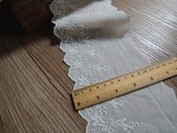 4 Yards of 11cm Width Floral Embroidery Sewing Cotton Eyelet Fabric Trim