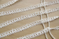 5 Yards of 1.5cm Width Sewing Embellishment Lace Ribbon with Bow Embroidery