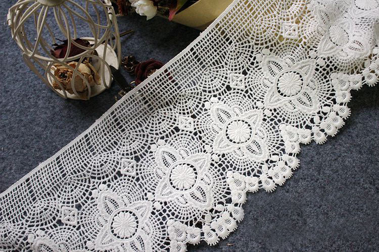 4ea8683be 2 Yards of 17cm Width Vintage Premium Embroidered Lace Trim