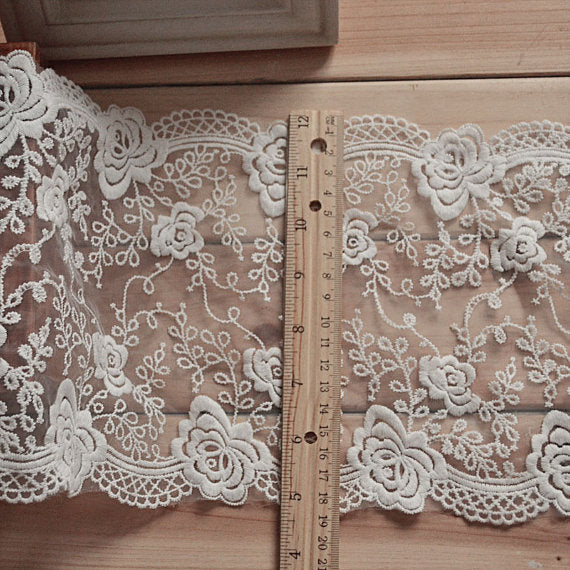 2 Yards of 17cm width Royal Classical Vintage Rose Floral Embroidery Lace Fabric Trim